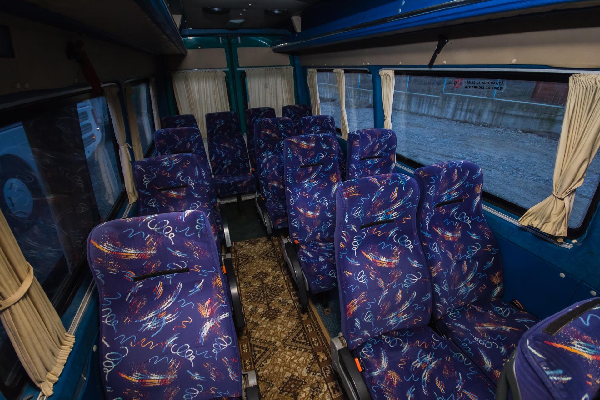 Inchiriere autocare si microbuze